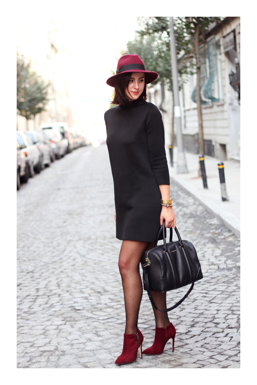 Cómo lucir un look relax y al mismo tiempo verte glamurosa  TiZKKAmoda   vestido  negro  dress  sombrero  botines  vino  bolsa  blackdress  boots 92da84a21d60