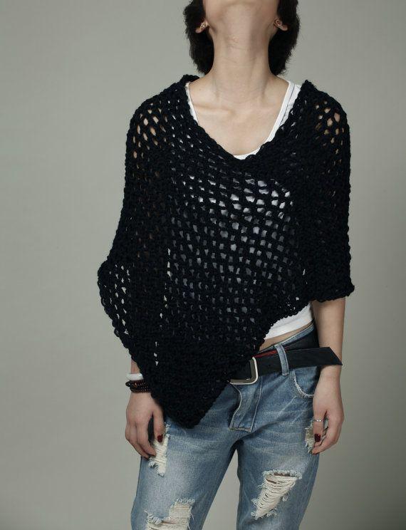 Esto suelta tejido hermoso poncho está hecho de 100% algodón eco ...