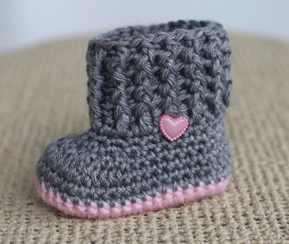 Pin de Ashly Hosino en the girls♡ | Pinterest | Botas de bebé ...