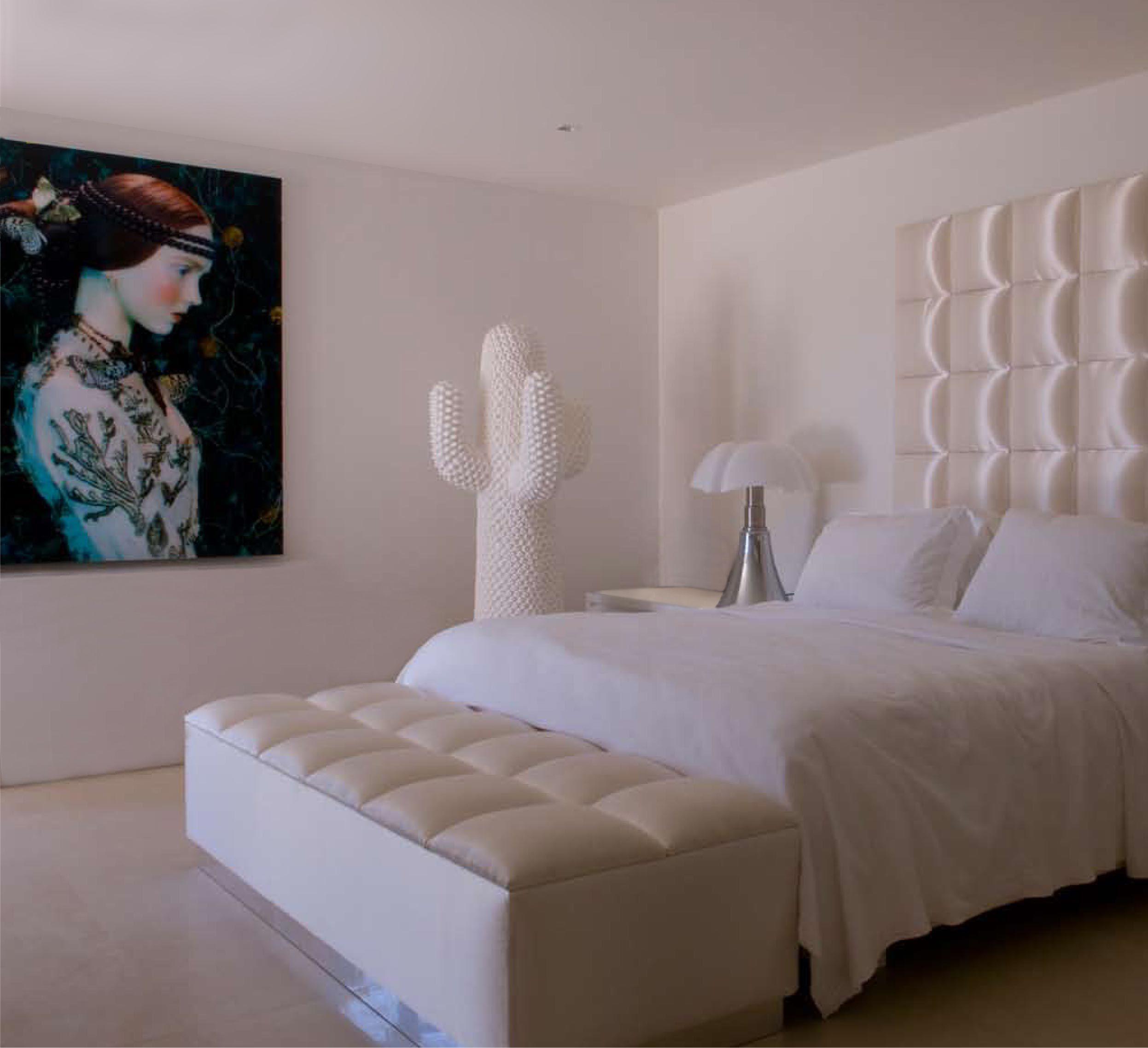 Jan des Bouvrie   Ontwerpstudio   All white   Pinterest   Slaapkamer, Witte woonkamers en Arsenaal