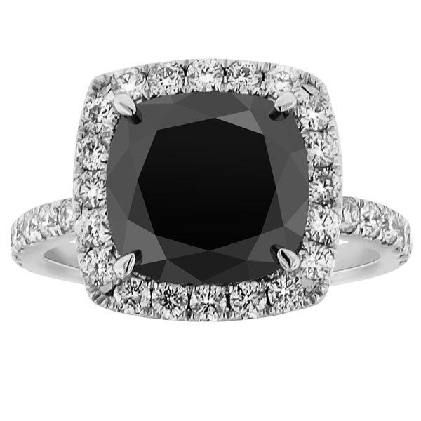 Cushion cut black diamond ring | Accesories | Black diamond