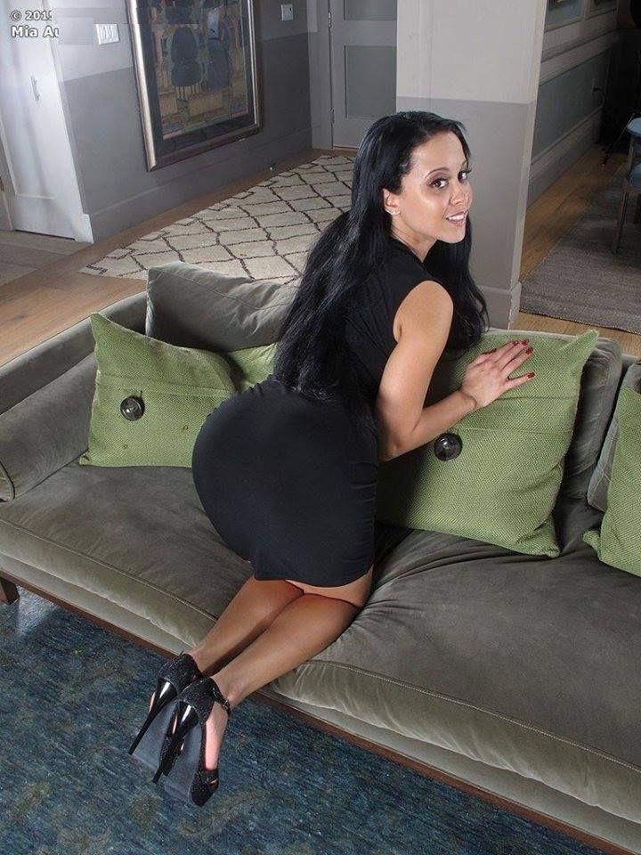 brunette on her knees