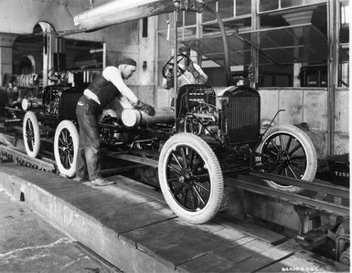 How Henry Ford S Assembly Line Changed Manufacturing Ford Motor
