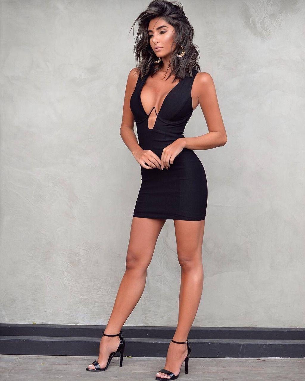 Beautiful Women | mine | Sexy dresses, Tight dresses, Cute ...