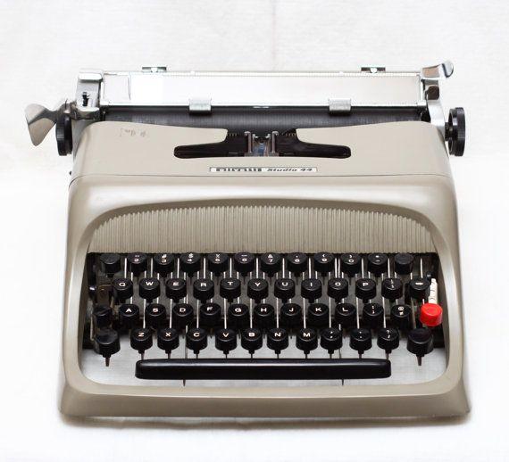 vintage olivetti studio 44 manual portable by lephotographeny rh pinterest co uk Olivetti 32 Typewriter The End of the Olivetti Typewriter