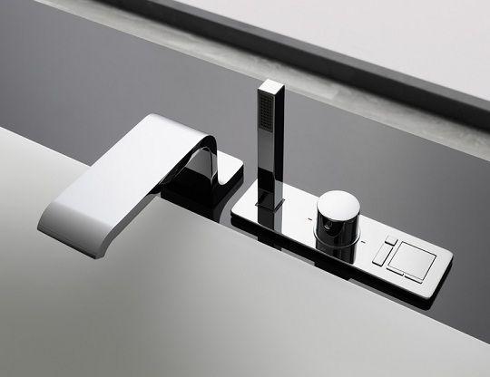 Modern Bathroom With Minimalist Design By Toto Modern Bathroom Modern Bathtub Faucet Bathroom Furniture Design