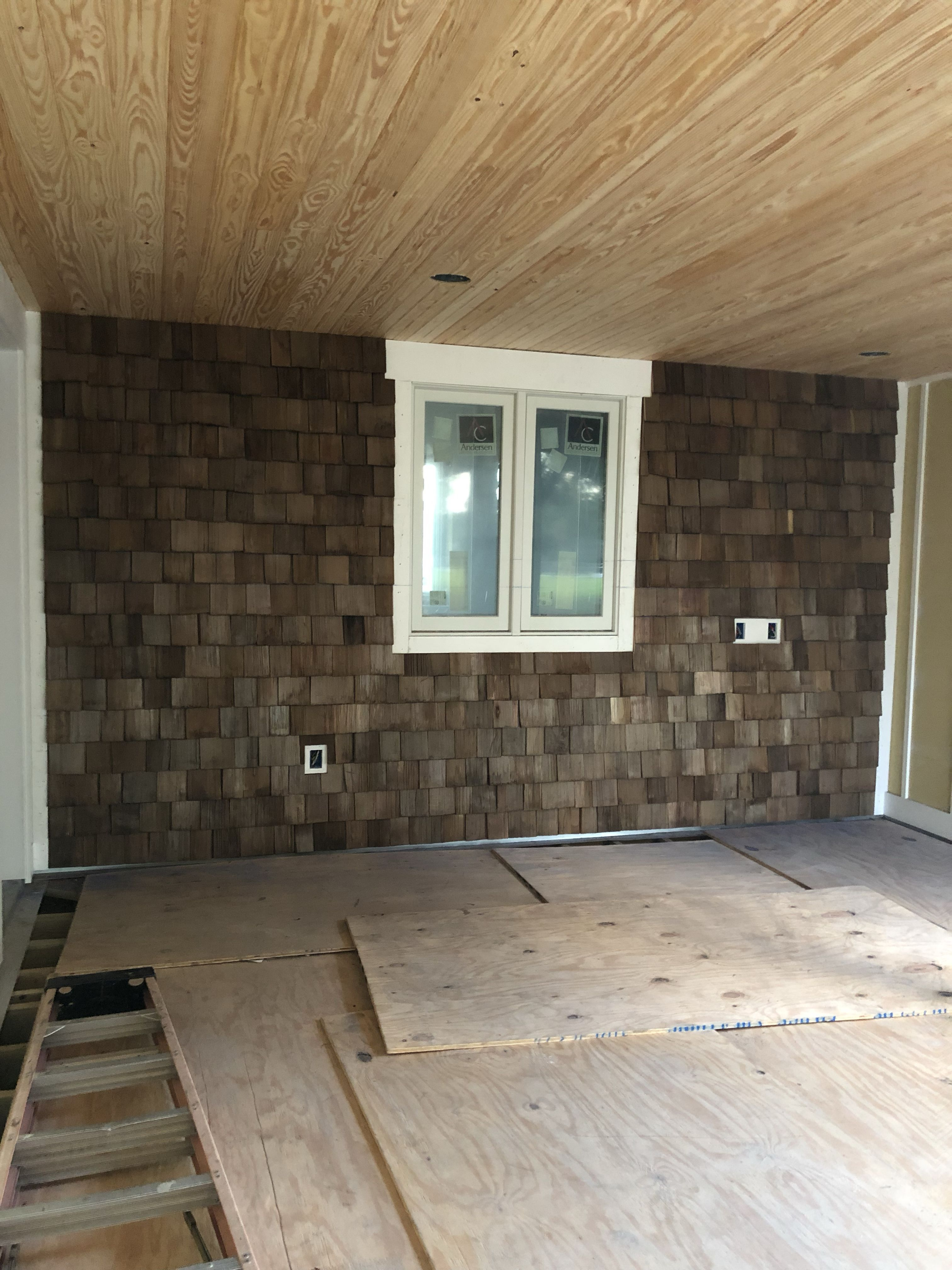 Best Use Cedar As An Accent Wall On Your Farmhouse In 2020 400 x 300