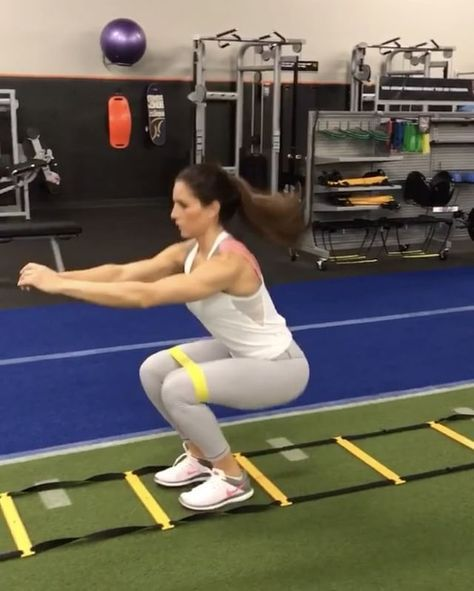 """Alexia Clark on Instagram: """"Mini Drills Burn out your legs with these Miniband agility drills! 5-10 rounds! #alexiaclark #queenofworkouts #fit #fitness #agility…"""""""