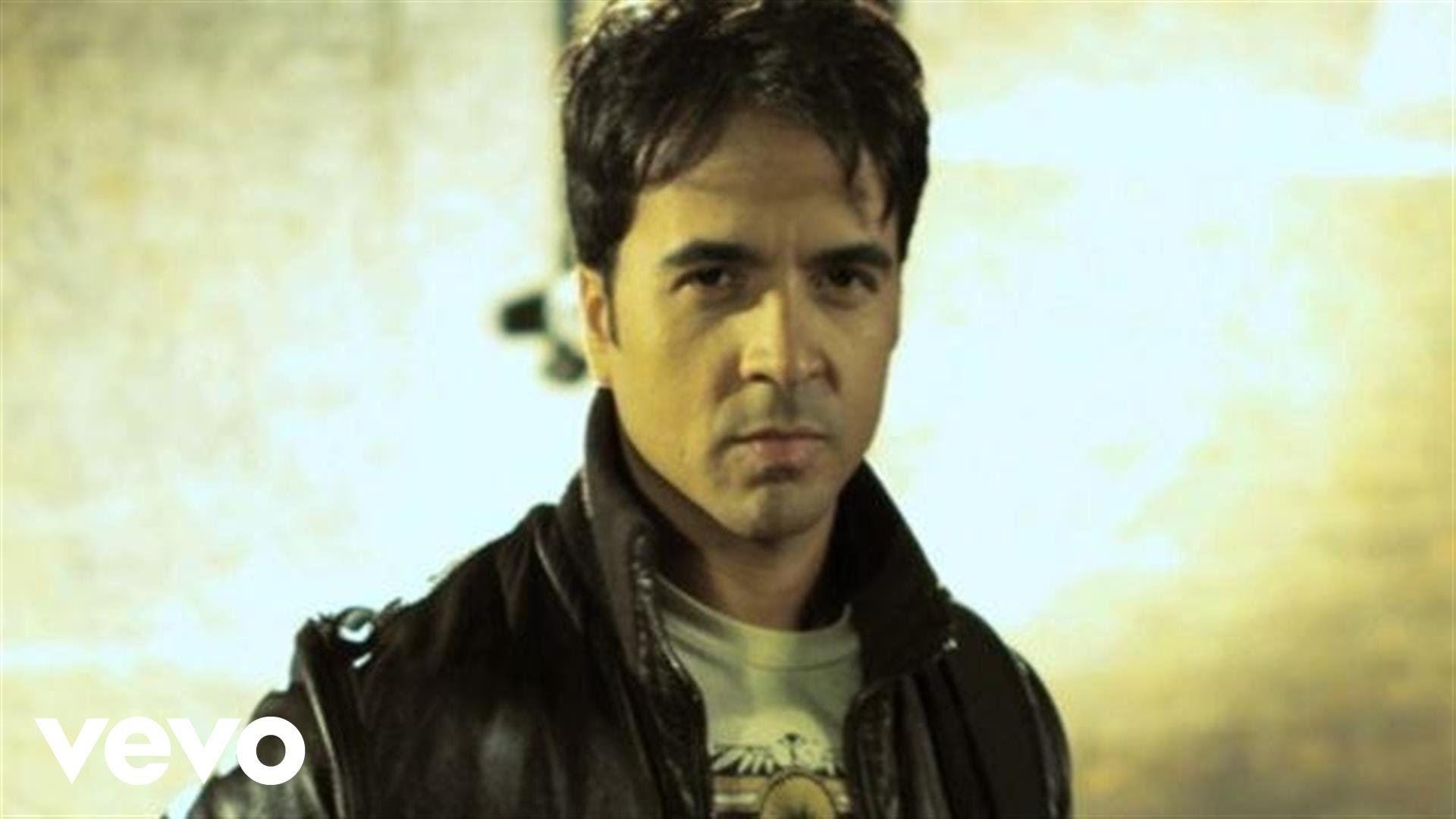 Luis Fonsi Gritar Music Is My Escape Singer Music Videos