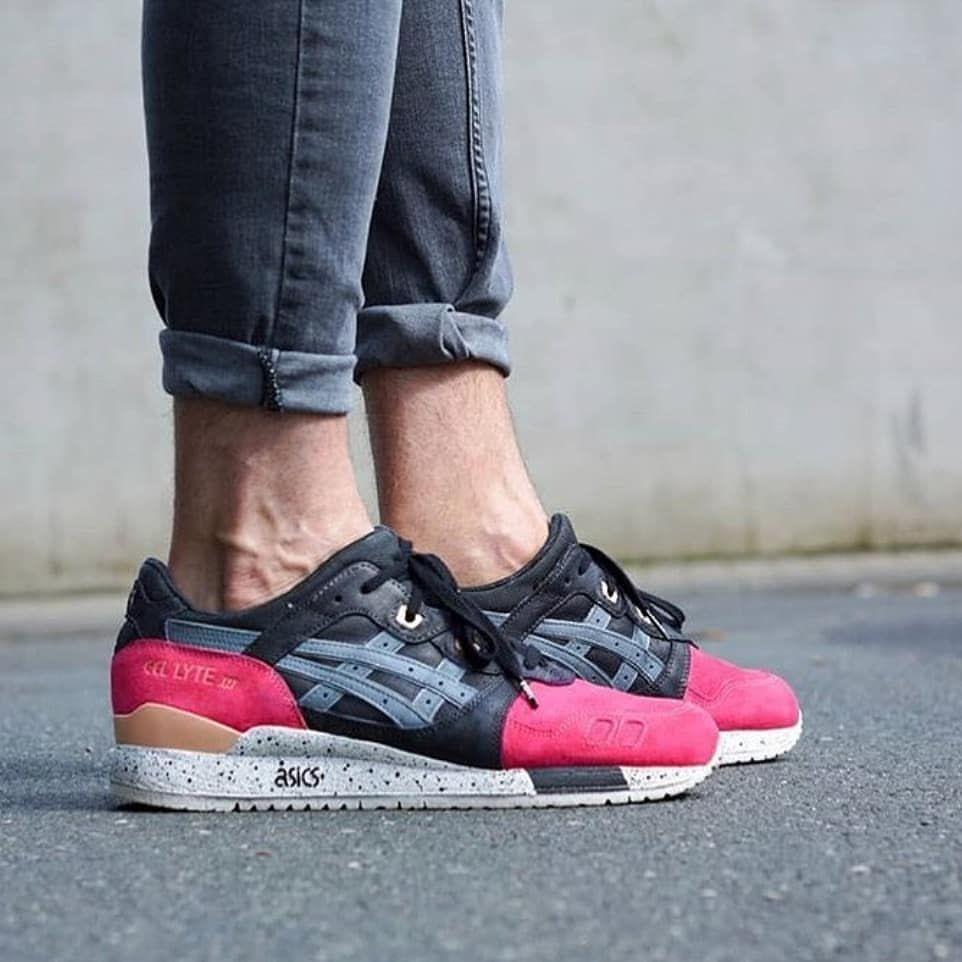 Asics Gel Lyte Iii White Grey Pink Asics Sneakers Asics Shoes Sneaker Head