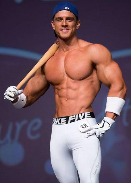 muscle player gay