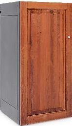 Premium golf locker with wooden door