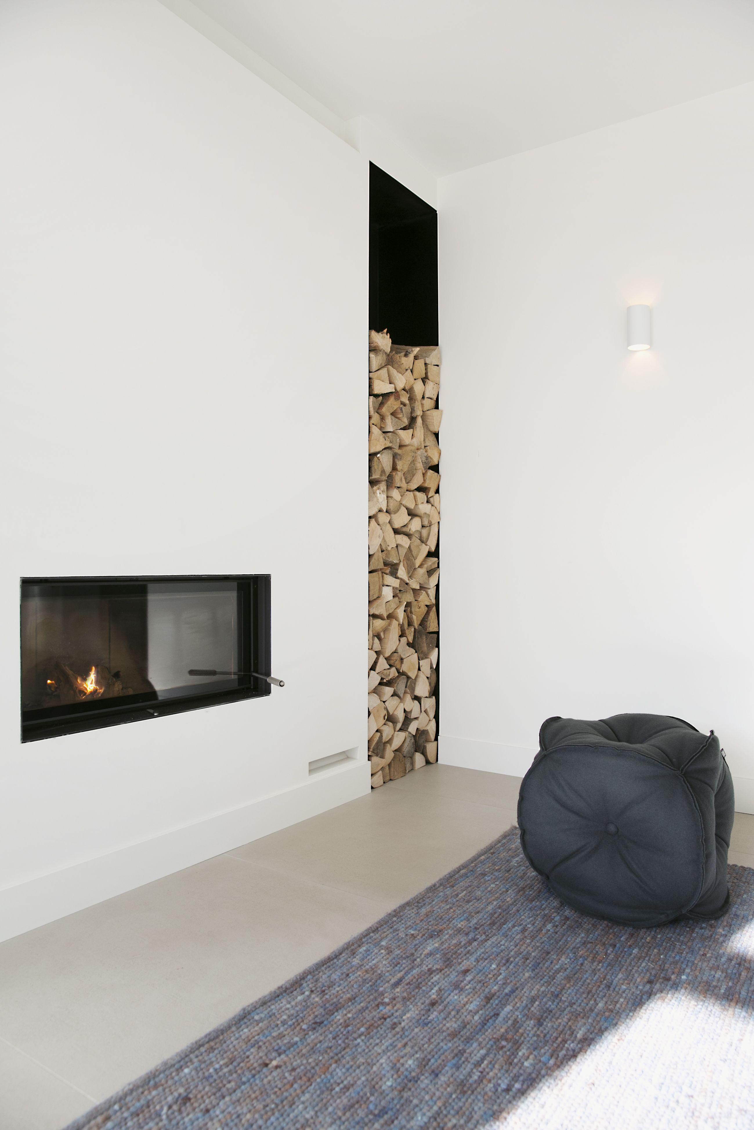 Nieuwbouwwoning met stalen deuren en maatwerk meubels | Interieur ...