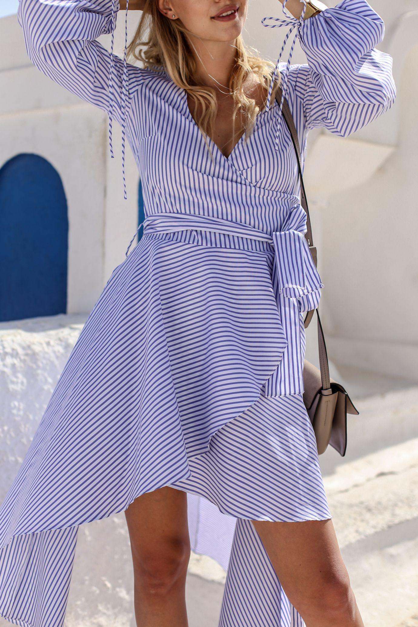 Rainbow sandals & striped dress | Rayas