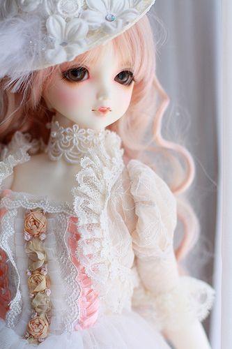 Lieselotte Pink Doll Wallpaper Beautiful Dolls Beautiful Barbie Dolls