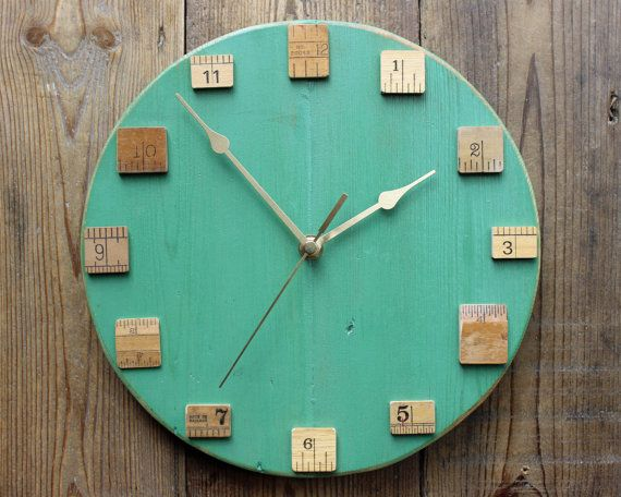 Classroom Decor Gifts ~ Clock made from upcycled rulers diy ideas upcycle