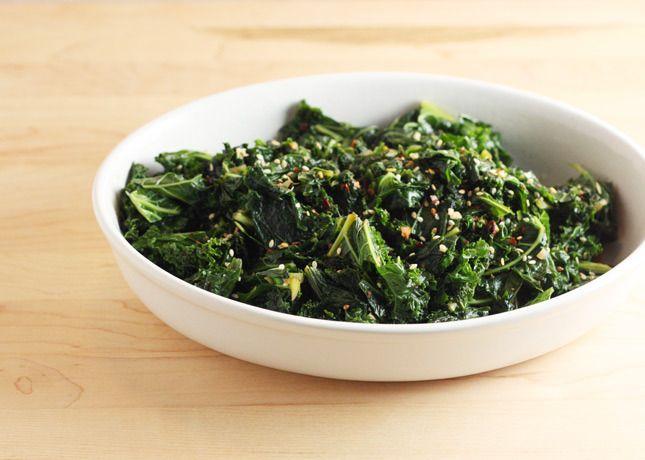 Kale with Chili Flakes and Sesame Seeds // FoodNouveau.com