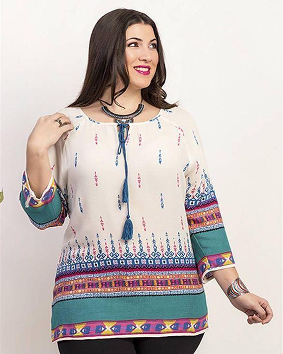 Como cada temporada las blusas de #primavera son indispensables para recibír el calor con telas frescas con diversos diseños #carisalfashion #shoponline #curvywomen #curvystyle #plusizefashion #plussize #tallasgrandes