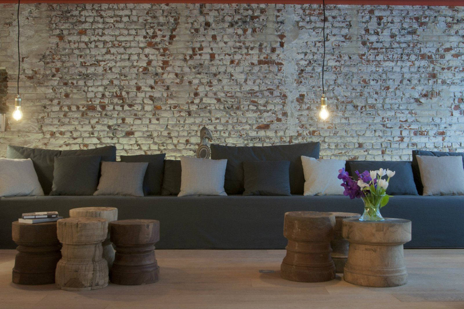 Our unusual and original hotel Brussels Central   9 HOTEL Collection