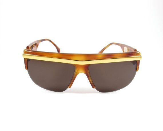 eeefd3cb0da30 Vintage Sunglasses Tortoise Sunglasses Metalflex New Like ...