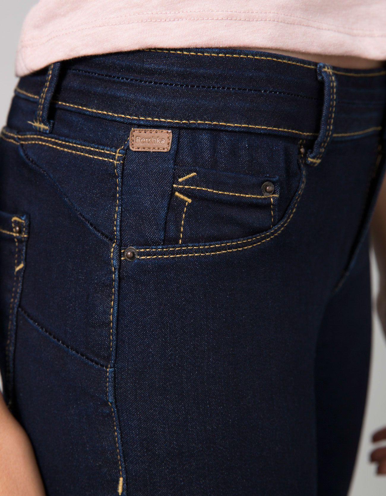 Jeans Bsk Push Up Bsk Recommends Bershka Espana Jeans De Moda Pantalones De Moda Mujer Pantalones De Moda