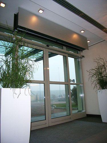 Design And Custom Air Curtains Cortinas De Aire Edificios