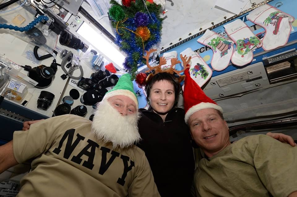Station Astronauts Send Christmas Greetings from the