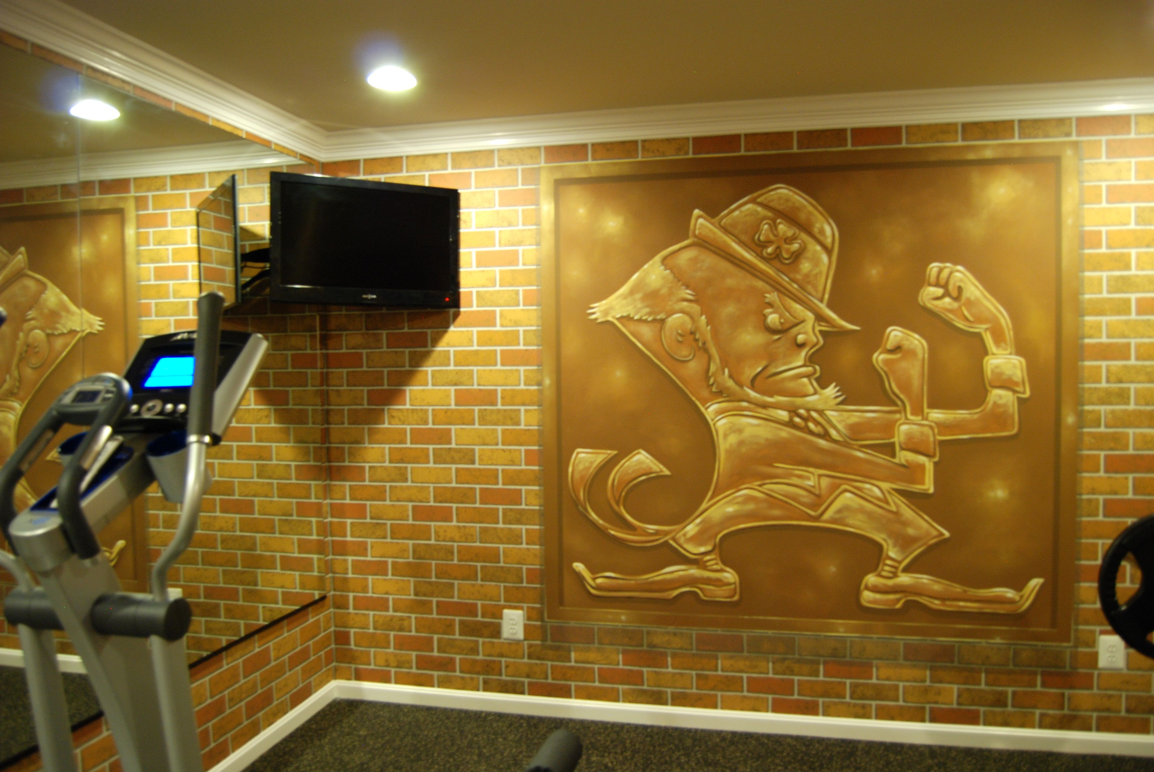 Notre Dame Man Cave Ideas : Notre dame football locker room mural by tom taylor of wow