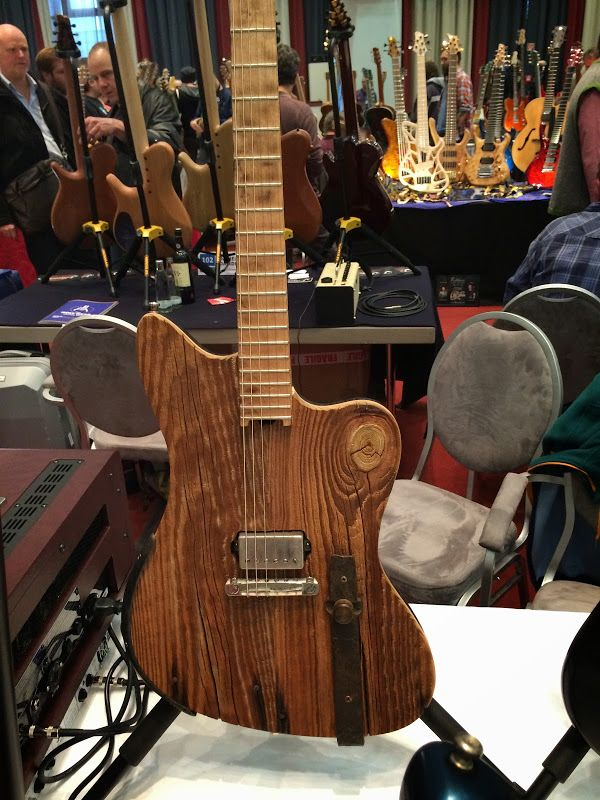 Pics from the Holy Grail Guitar Show (Berlin, 2014) - Page 2 - The Acoustic Guitar Forum