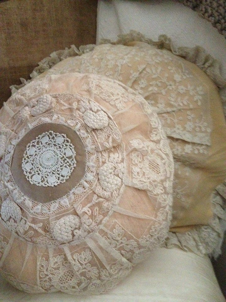 Vintage lace pillow Beautiful Bedspread & Pillows Pinterest Vintage lace, Shabby and Pillows