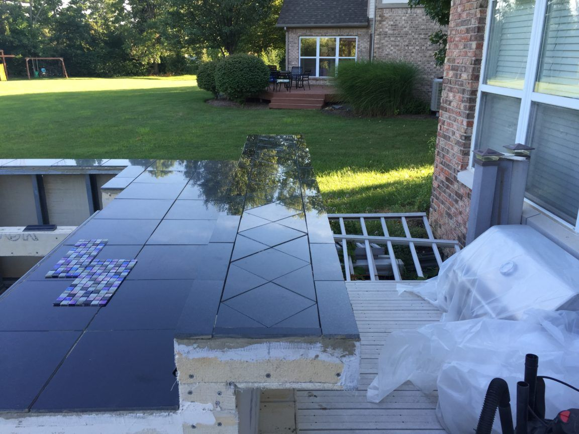Guy With No Experience Builds Outdoor Kitchen That Would Make Any Neighbor Jealous With Images Build Outdoor Kitchen Outdoor Kitchen Design Outdoor Kitchen