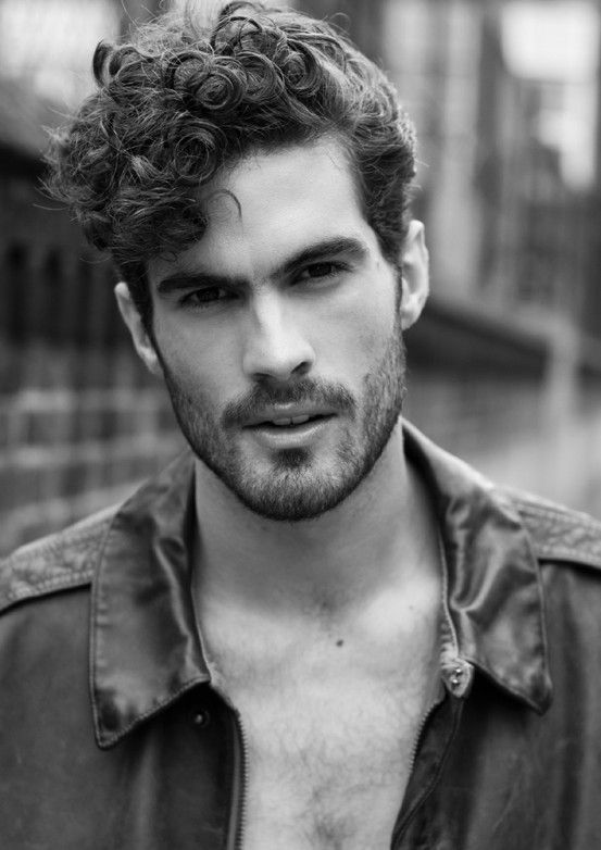 Long curls with a side part #avedamadison (With images) | Curly hair men, Men's curly hairstyles ...