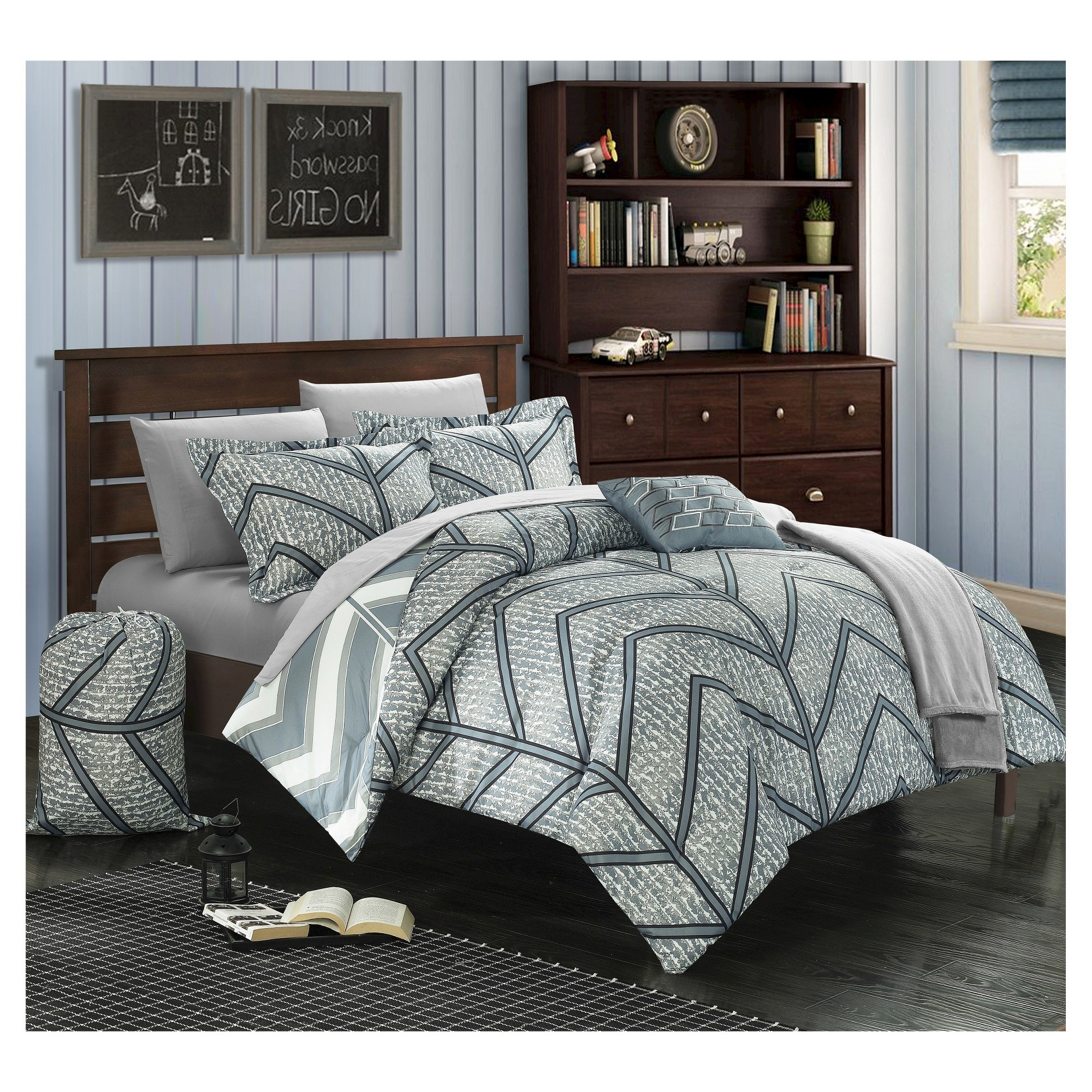 Amaretto Chevron And Geometric Printed Reversible Comforter Set 8 Piece  (Twin XL) Gray