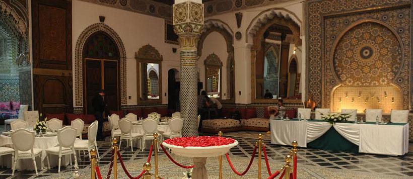 Fez Mnebhi Voormalig Paleis Met Een Restaurant