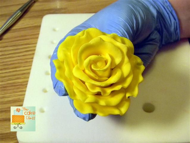 Quick and Simple Fondant or Gumpaste Rose | The Cake Class