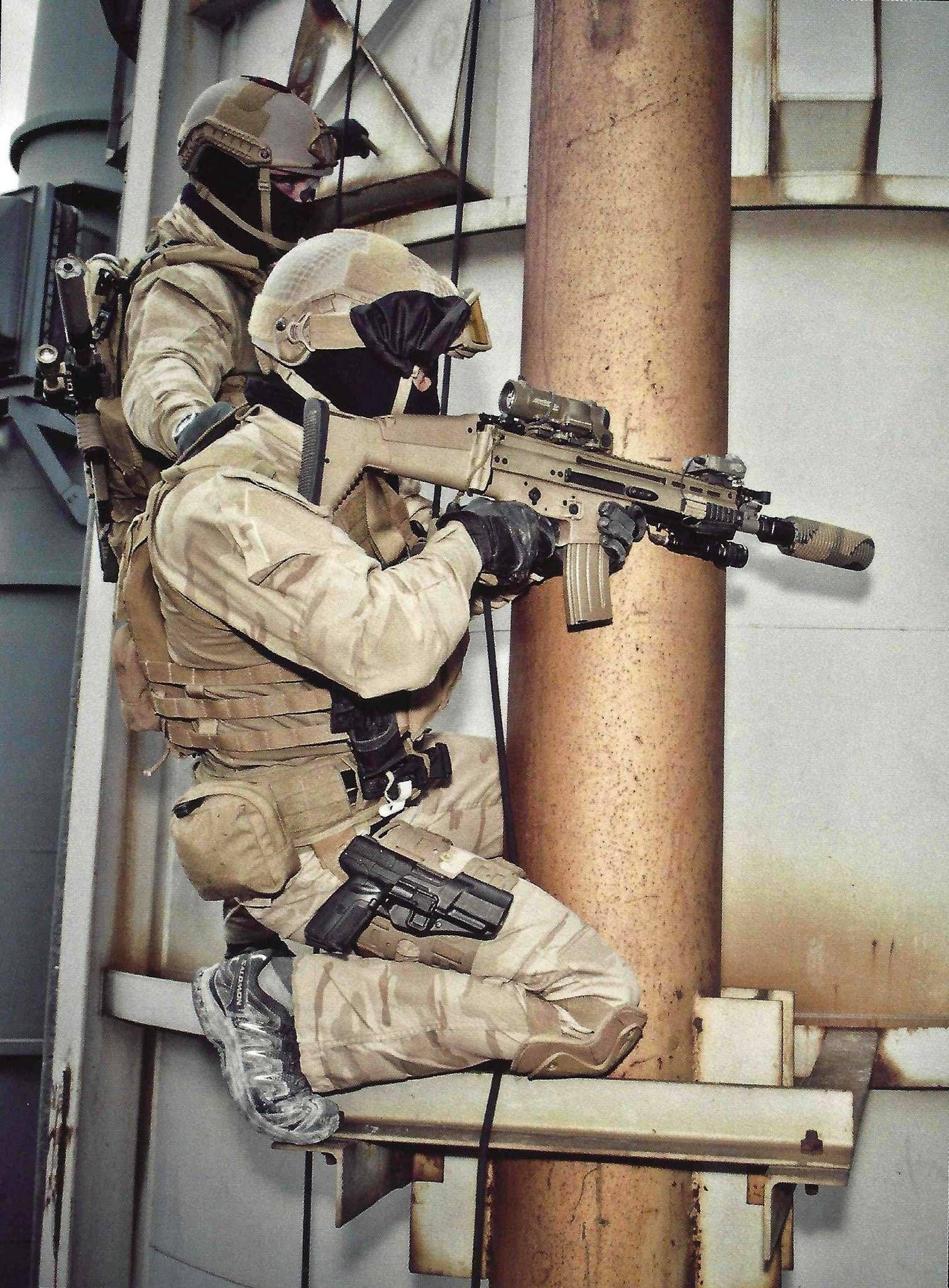 Belgian SAS operators during Tactical Urban Climbing (TUC) training