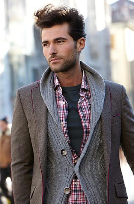 Em camadas, em oposição a uma mais pesado do casaco.