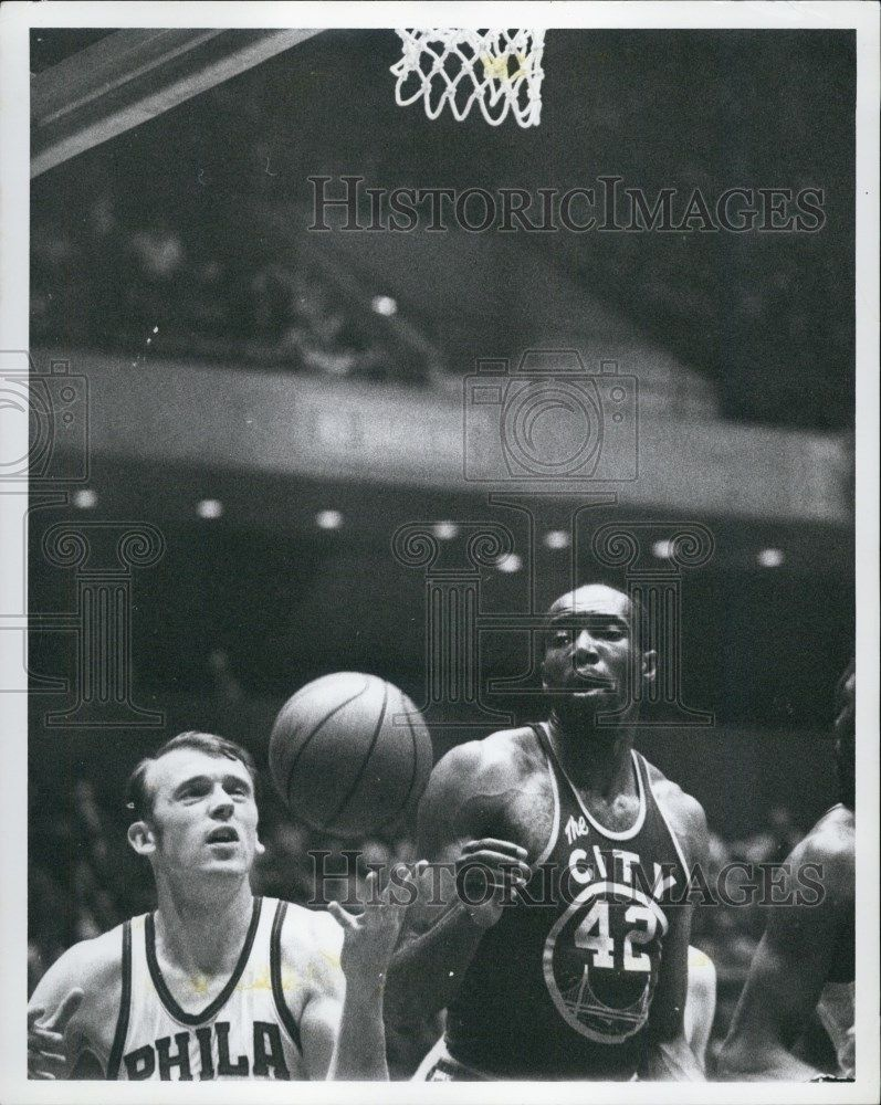 1969 Press Philadelphia 76ers Billy Cunningham And Nate