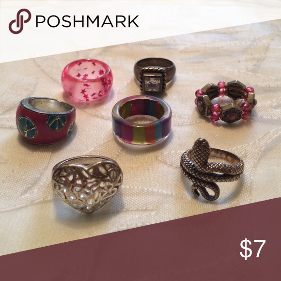 Ring Bundle Open to all offers! These rings are super cute and in great condition. Previously loved. Kind of pink themed. Just trying to get rid of all the jewelry I hoard :) Forever 21 Jewelry Rings