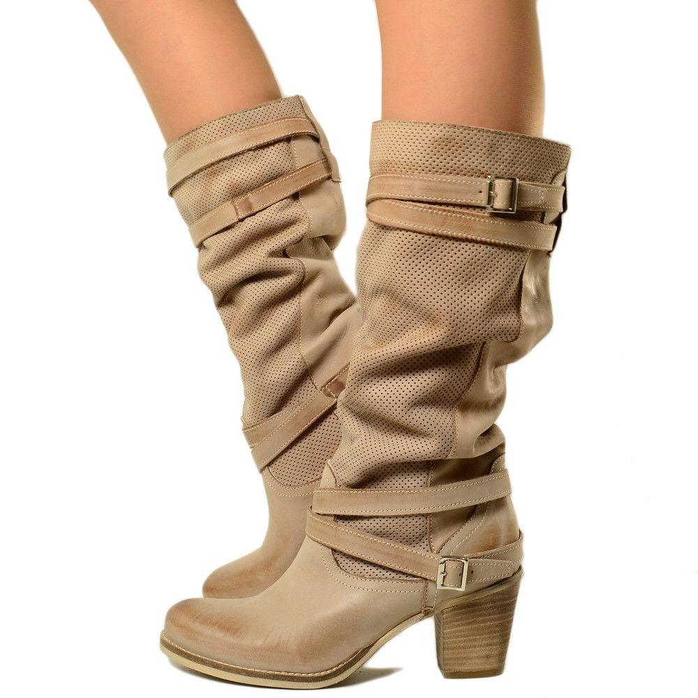 df6f5ec0a33c Stivali Donna in Vera Pelle Nabuk Traforata Taupe con Tacco | Boots ...