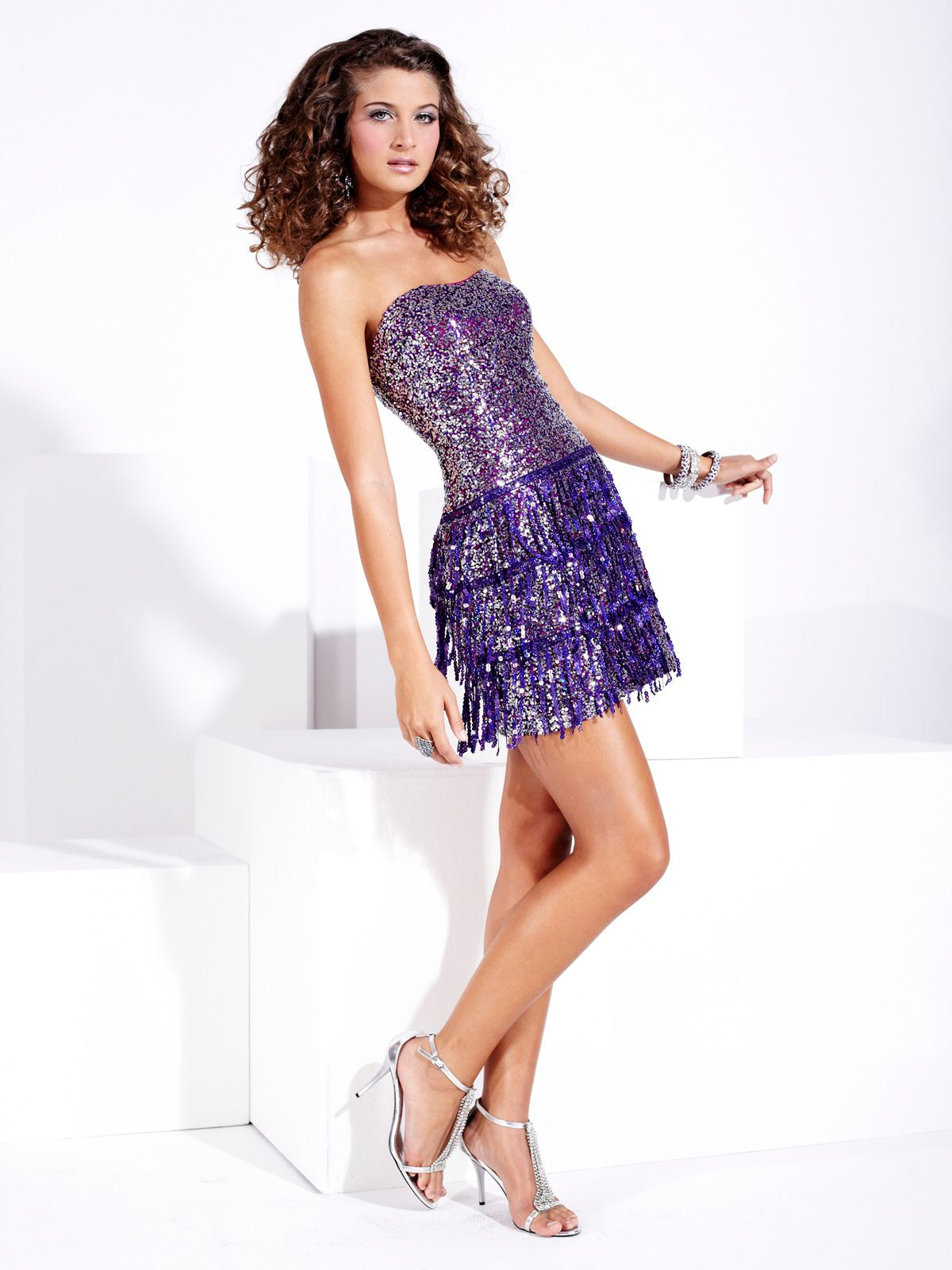 Shiny hannah s prom dress this sequined prom dress displays a