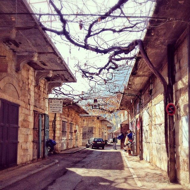 Last day of 2014 wandering in Douma, Lebanon before a 60* day of climbing with friends. Now loving the music, humongous bass drums, and dancing until the not-so-wee hours. Montaaaas. Amy Pickering