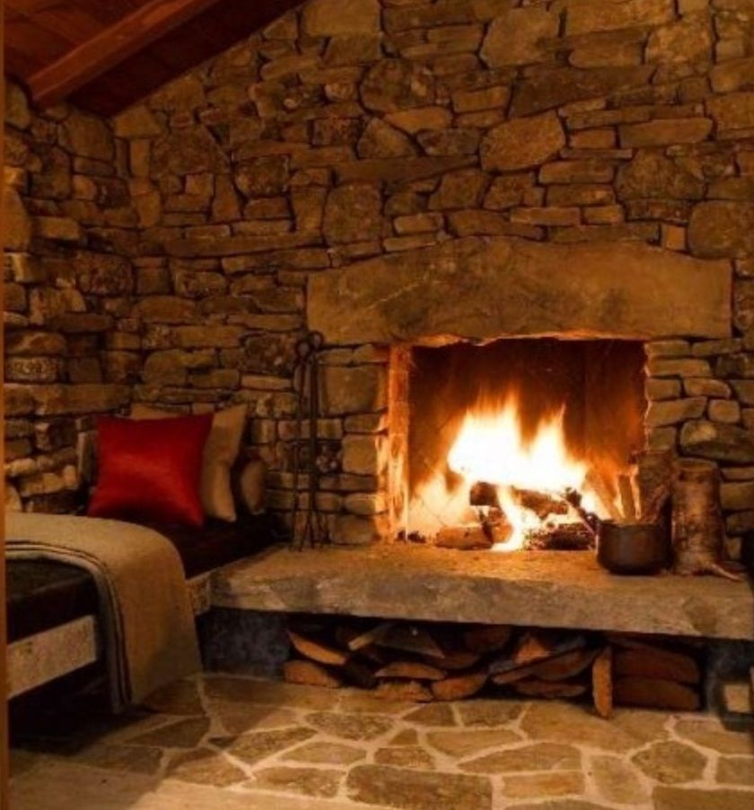 Wonderful Fireplaces In The Dining Room For Cozy And Warm: Hot Chocolate, S'mores, And A Bear Skin Rug. Oh Yeah