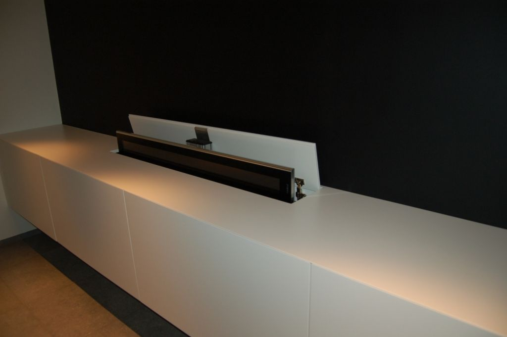 Tv Lift Kast : Moderne tv kast met tv lift mone tvs hidden tv