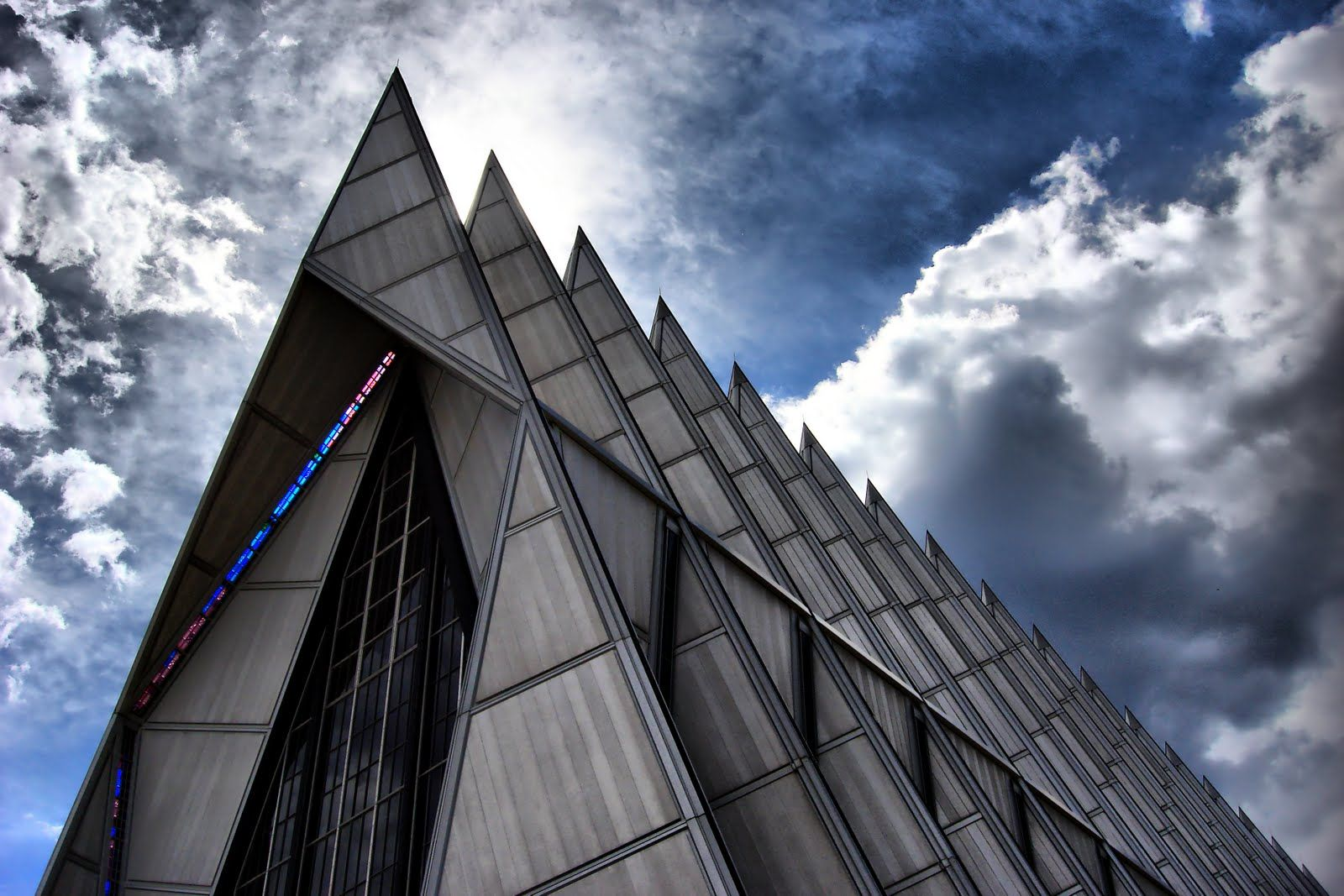 USAFA Chapel Air force academy, Cathedral, Building