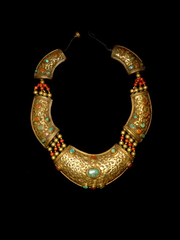 shangrilacollection:  Collana in ottone,turchese e corallo