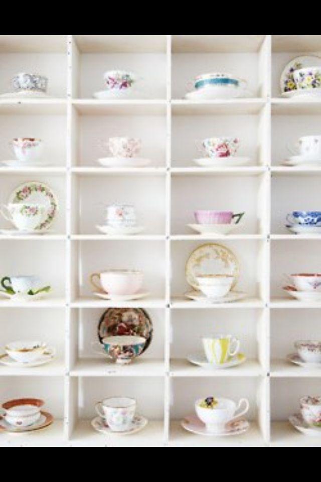 Superbe Teacup Storage