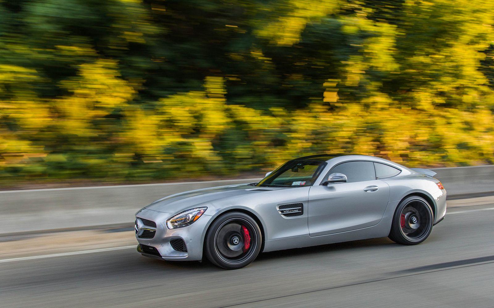A Mercedes-AMG GT S on the move [OC][2048x1280] - via Cly Bro ... on