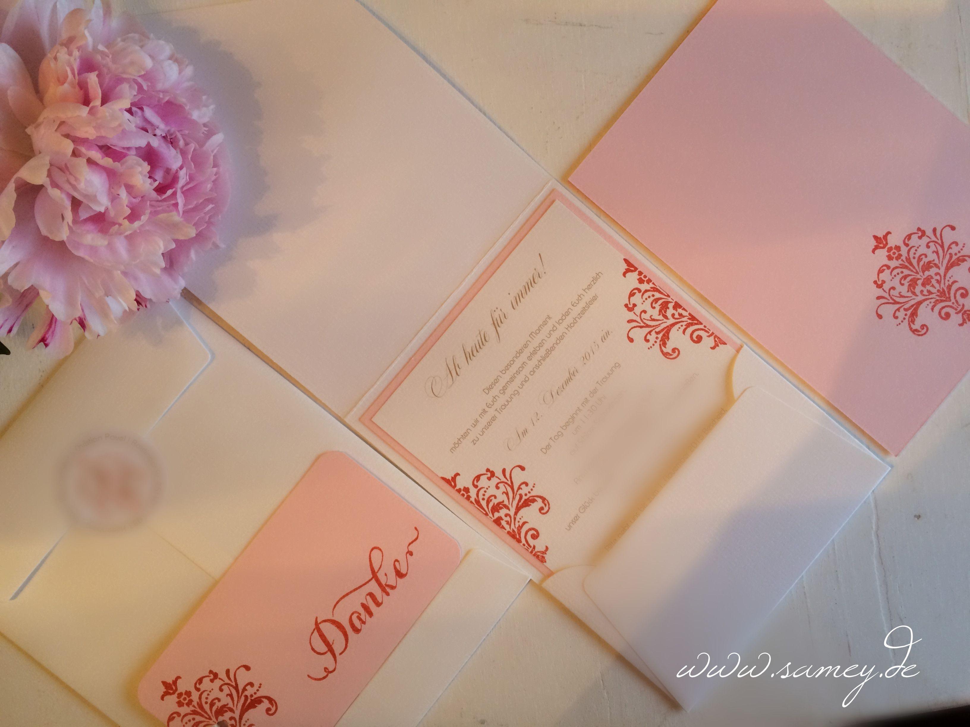 Exklusive handgemachte Hochzeitseinladungen im festlich