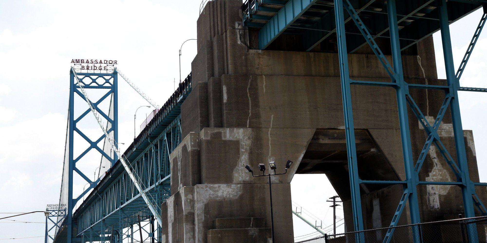 o-WINDSOR-BRIDGE-facebook.jpg (2000×1000)